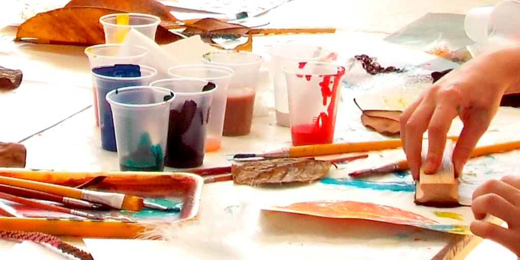 Laboratório de impressão: experimentações em gravura