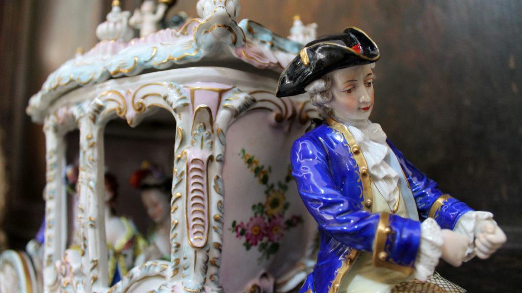 pensar em porcelana