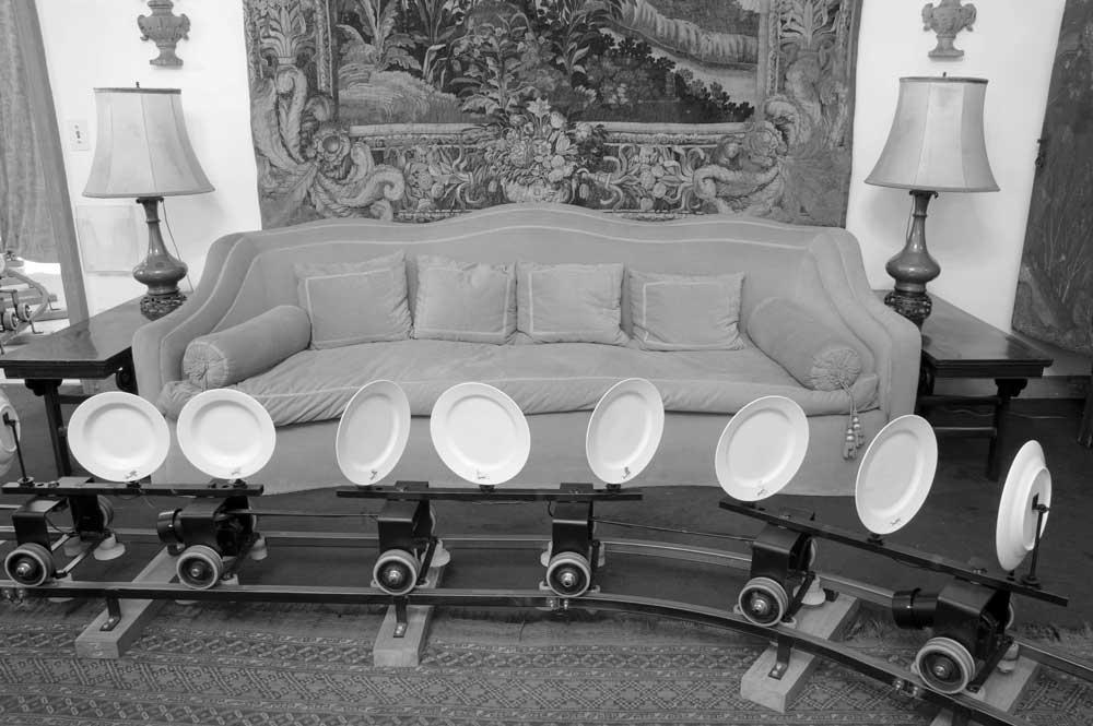 Figura 15. Trilho instalado no salão da casa-museu. Foto: Marcos Gorgatti