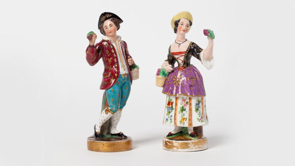 Frascos para perfume em formato de camponeses - Jacob Petit, 1840